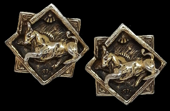 Pegasus gold plated cuff links
