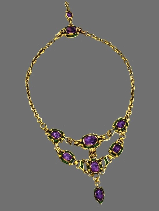 Amethyst, green enamel, gold necklace. 1900s