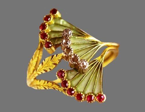 Art Nouveau Ring. Gold, plique-a-jour enamel, rubies and diamonds.1900