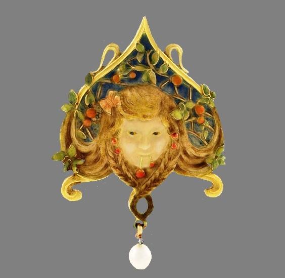 Art Nouveau female head pendant. Ivory, gold, pearl