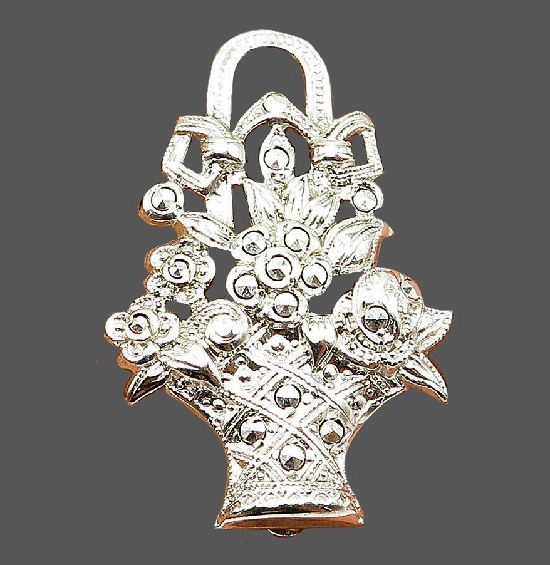 Basket of flowers brooch. Sterling silver marcasite