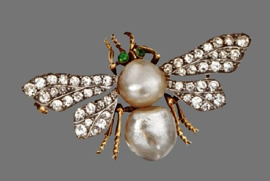 Bee brooch. Baroque pearl and diamond, circa 1900