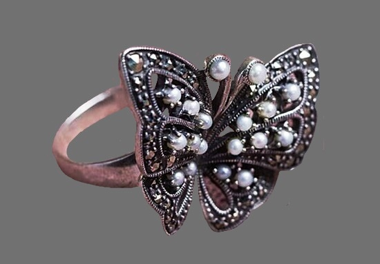 Butterfly Seed Pearl sterling silver Ring