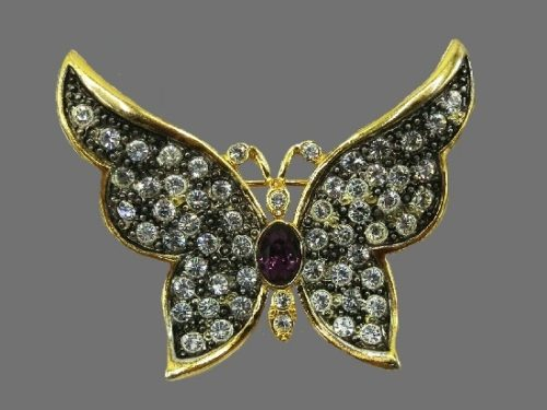 Butterfly brooch. Gold filled, rhinestones, purple cabochon