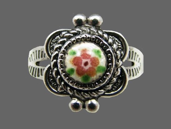 Floral design sterling silver ring with handpainted enamel flower