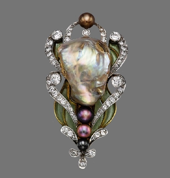 Floral motif brooch. Baroque pearl, pearls, diamonds, plique-à-jour enamel, 18 karat gold