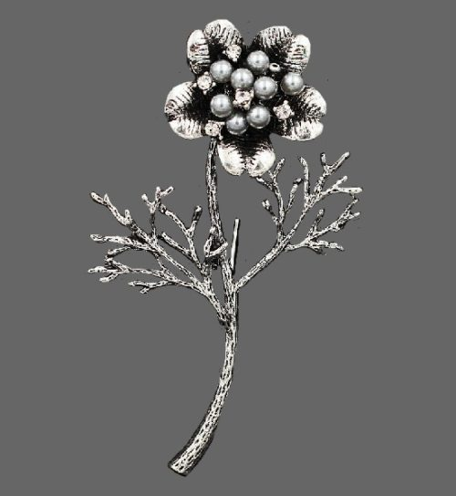 Flower brooch pin. Jewelry alloy, crystals, faux pearls