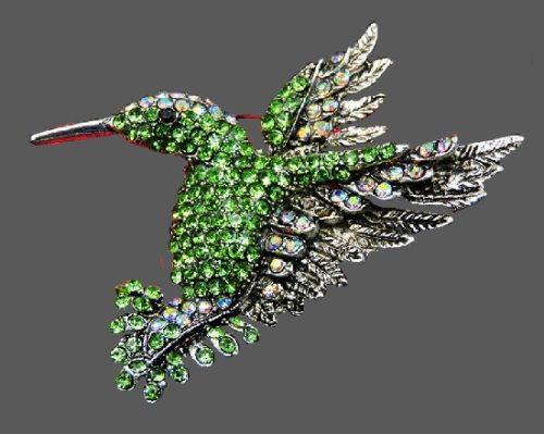 Hummingbird vintage brooch. Green rhinestones