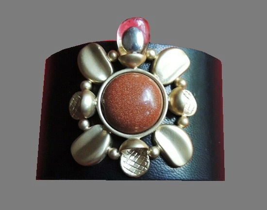 Leather cuff bracelet. Silver tone metal, glass cabochons