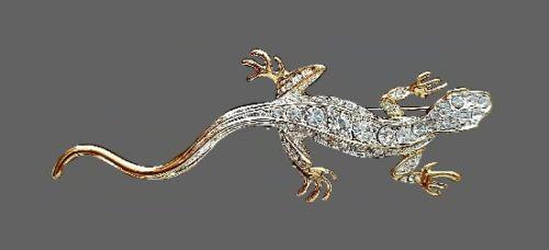 Lizard brooch pin. Gold tone metal, rhinestones