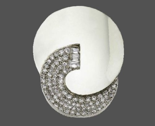 Made in 1930s Platinum and Diamond Brooch Clip