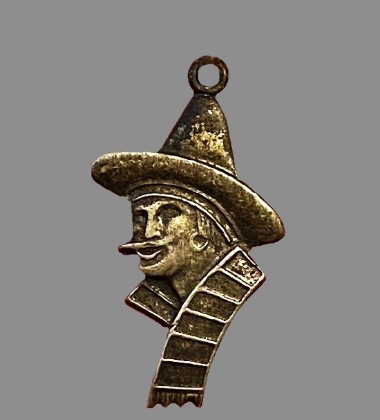 Main in a hat sterling stick pin