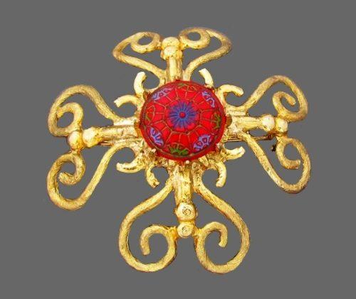 Maltese cross brooch pin. Gold tone metal, resin. 1960s