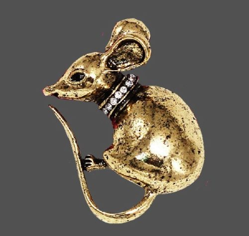 Mouse vintage pin charm. Gold tone jewelry alloy, crystals