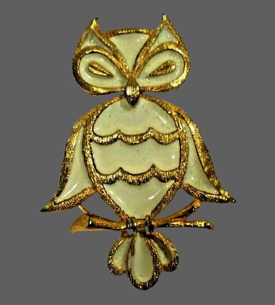 Lind-Gal Inc vintage costume jewelry