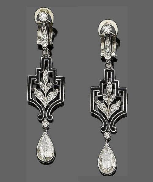 Traditional Templier design earrings