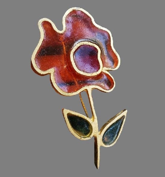 Red flower vintage pin brooch. Stainglass resin, gold tone metal