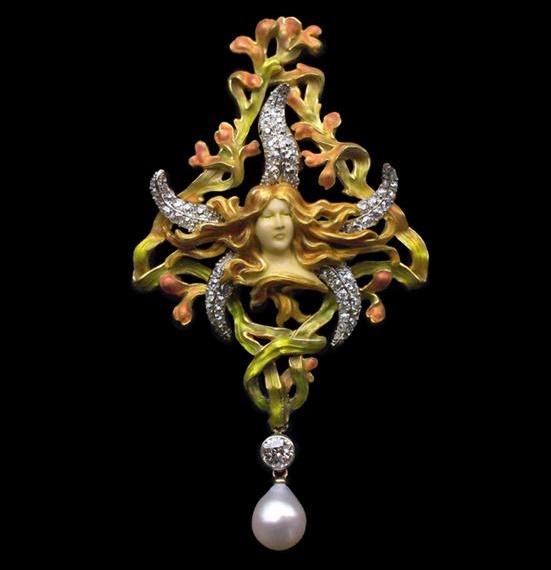 Sea star female head pendant brooch. Gold, silver, ivory, diamonds