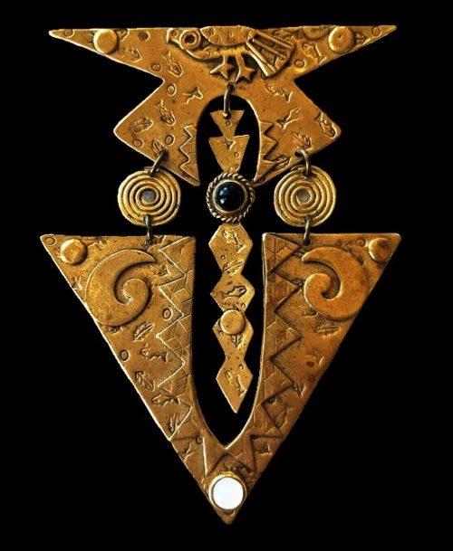 Artisian drop brooch. Textured brass, glass cabochons. 1950s
