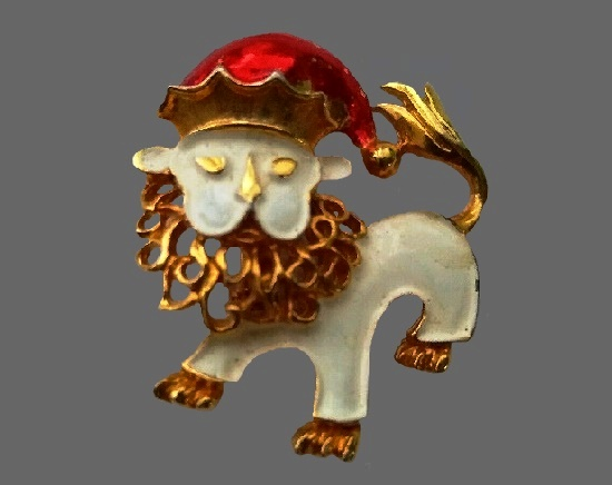 Bearded lion Santa in a cap brooch. Gold tone, enamel