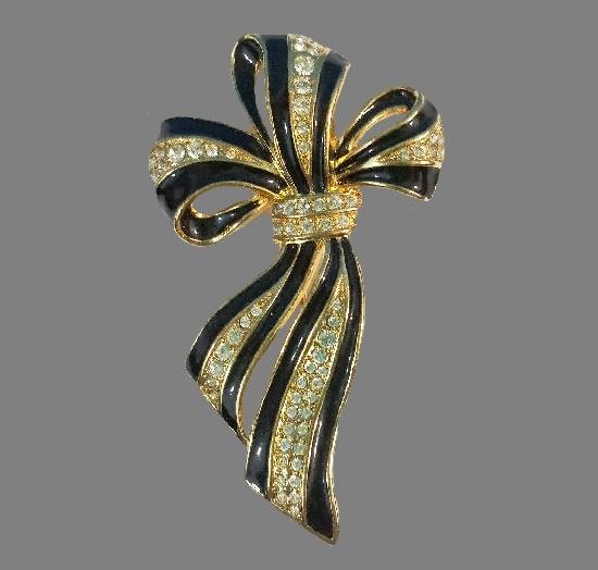 Black and gold ribbon brooch. 1980s