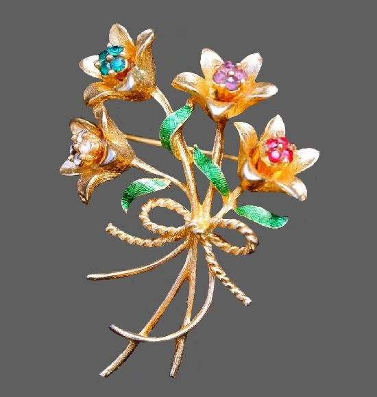 Bluebell flowers tied with a bow vintage brooch. 1970s. Gold tone metal, rhinestones
