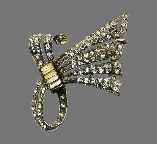 Bow brooch. Silver tone metal, crystals. 1940s