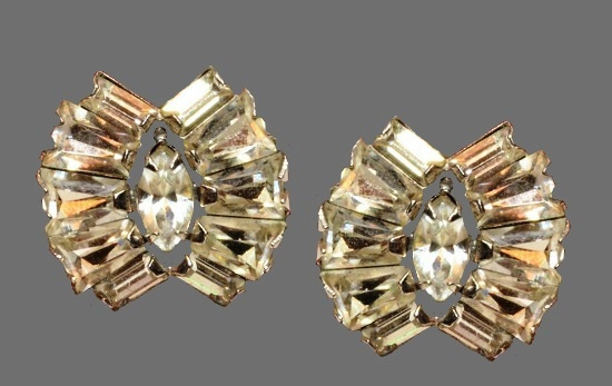 Clear Rhinestones Screw Back Earrings. 1970s