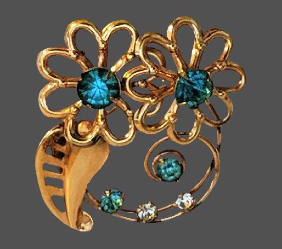 Double flower brooch. Light blue rhinestones, gold filled
