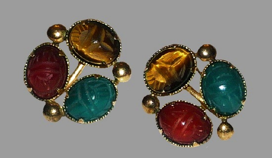 Egyptian Revival natural stone scarab earrings. 1950s