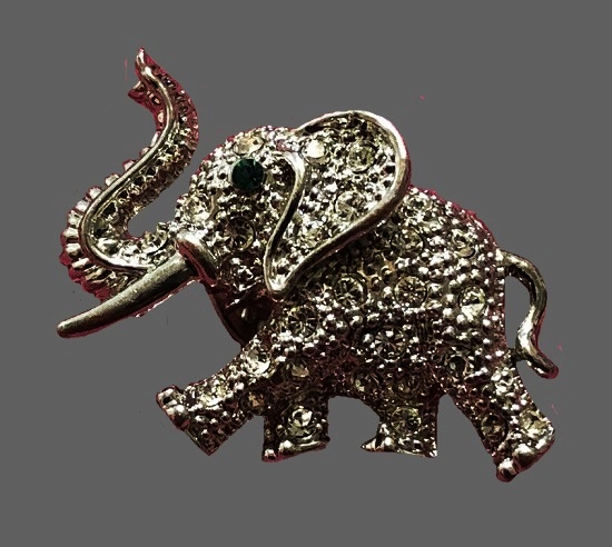 Elephant brooch. Gold tone, rhinestones