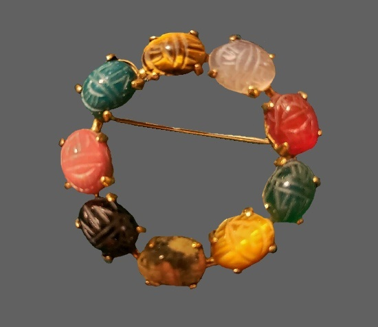 Multicolor agate round shaped brooch pin. 12 K gold filled