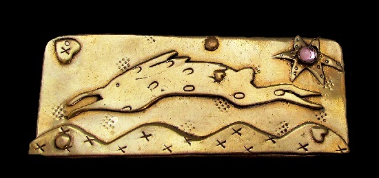 Rabbit rectangular brooch. Gold filled copper tone metal, jelly belly. 1970s