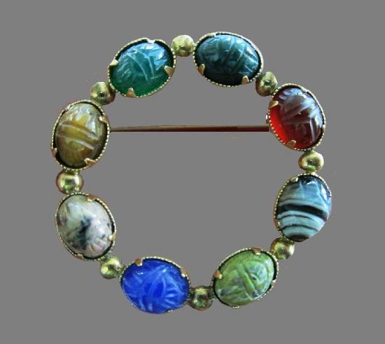 Scarab carved gem stone brooch, round shaped, 12 K gold filled