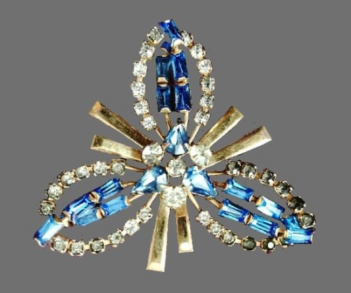 Three leaf flower brooch pendant. 12K Gold filled, blue rhinestone