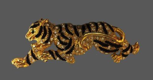 Tiger brooch
