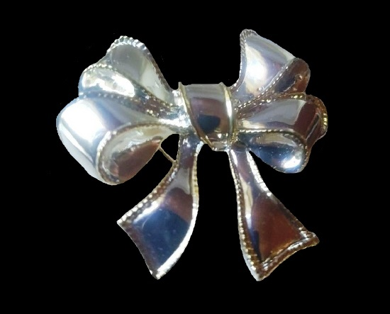 Bow brooch pin, silver plated