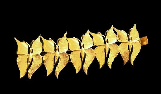 Butterfly gold tone bracelet