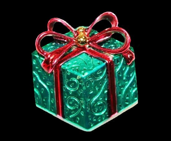 Christmas present box tied with bow brooch. Silver and gold tone metal, enamel