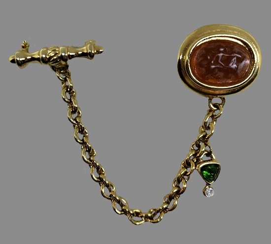 Double brooch. Gold tone metal, jadeite