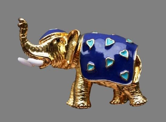 Elephant brooch. Gold tone metal, enamel. 4.7 cm, 1980s