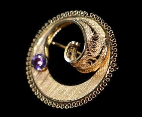 Filigree Amethyst Circle Brooch Pin. 12 K gold filled. 1960s