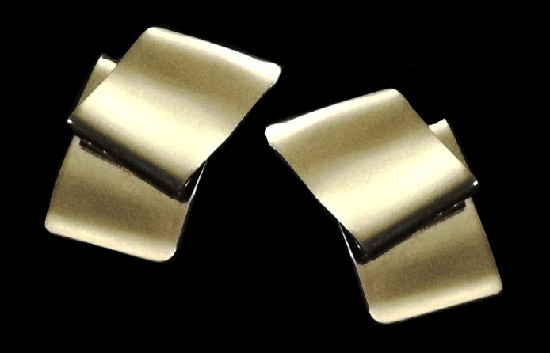 Folded ribbon style vintage stud earrings. 1960s