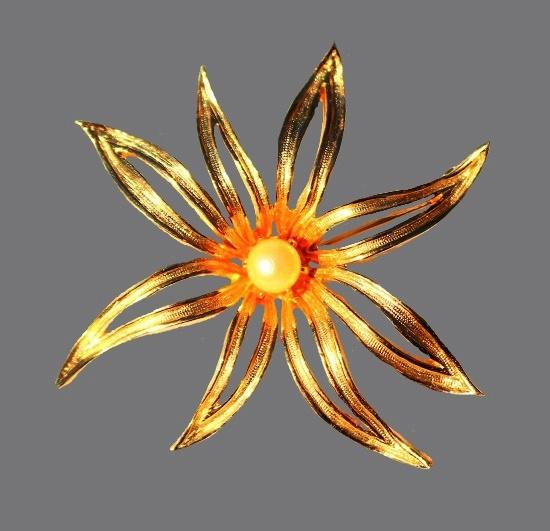 Gold tone flower brooch, faux pearl