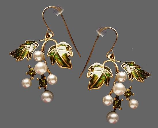Grape earrings. Gold tone metal, faux pearls, crystals, enamel. 3.8 cm. 1990s