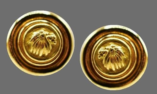 Lion head round shaped gold tone earrings