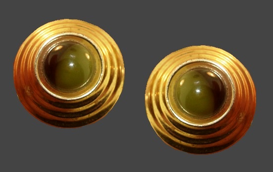 Lucite gold tone round shaped earrings