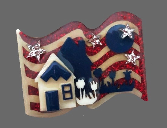Patriotic Independence day house pin
