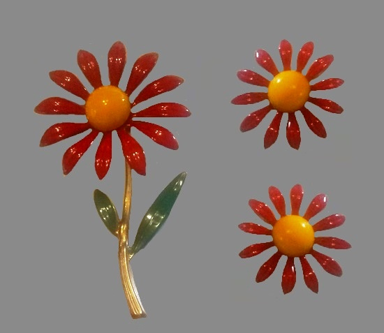 Red daisy brooch and clip on earrings. Yellow and red enamel, gold tone metal