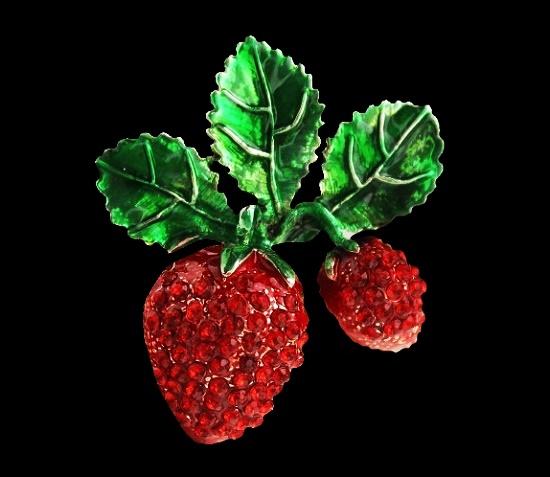 Strawberry brooch. Enamel, rhinestones. 1990s